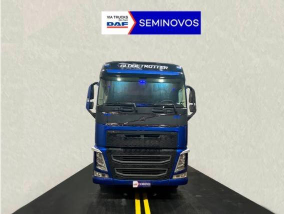 Caminhão Volvo FH 460 6x2 Diesel 2018
