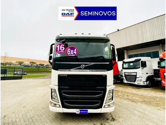 Caminhão Volvo Fh 540 6X4 Diesel 2016