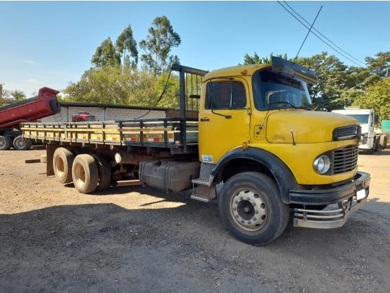 Caminhão Mb1519 Ano75 6X2