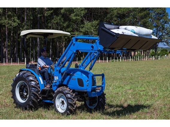 Carregadeira Frontal LS Tractor Ll4101