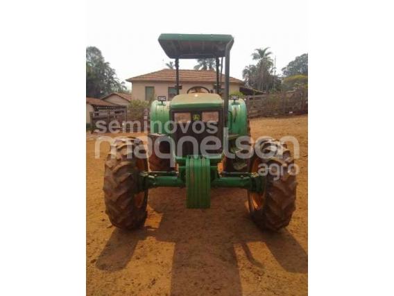 Trator John Deere 5078E