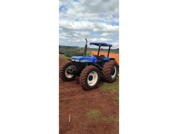 Trator New Holland 7630 Ano 2012