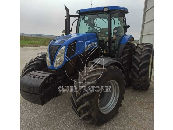 Trator New Holland T7 205 Ano 15