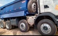 Caminhão Scania G-440 B 8X4