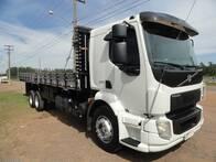 Caminhão Truck Carroceria