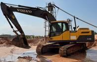 Escavadeira De Esteira Volvo Ec220Dl