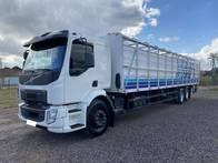 Volvo Vm 270 6X2 2014 Truck Boiadeiro De 11 Metros